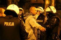 Kolejna niespokojna noc w Knurowie. Kibice zn�w atakowali policj�