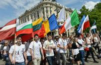 Ulicami Warszawy przesz�a Parada Schumana