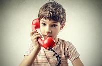 Telefon zaufania dla dzieci. Kilkaset tysi�cy os�b otrzyma�o pomoc