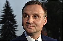 Andrzej Duda: pomnik smole�ski powinien stan�� w godnym miejscu
