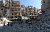 Punkt zwrotny wojny w Syrii.  Zmasowane naloty Rosjan przynios�y skutek. Katastrofa humanitarna na horyzoncie