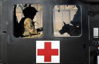 Z pola walki do cywila - jak mog� si� przyda� do�wiadczenia ratownik�w medycznych