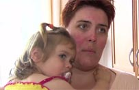 Matka zmieni�a dziecku pieluch�. Kierowca autobusu wezwa� policj�