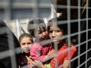 MSW o uchod�cach: Polska wy�le misj� do oboz�w UNHCR w Libanie