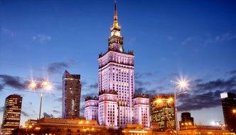 Czym Warszawa zachęca turystów?