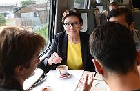 """Wybory parlamentarne 2015. """"PO i PiS rywalizuj� o to, kto b�dzie bli�ej ludzi"""""""