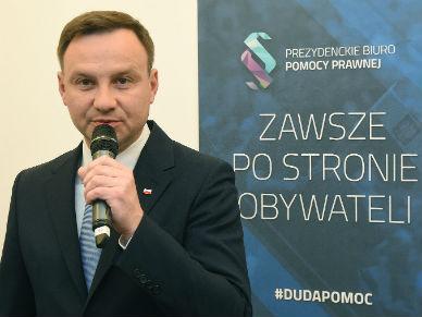 Prezydent Duda u�askawi Zbigniewa Stonog�? Ma to rozwa�y� po zaprzysi�eniu