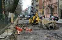 Kolejne utrudnienia w centrum Krakowa. Torowisko na Westerplatte zamkni�te