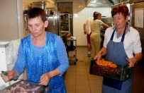 Otworzyli restauracj� i zatrudnili do pracy bezrobotne panie