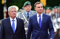 Andrzej Duda w Berlinie. Rozpocz�o si� spotkanie prezydent�w Polski i Niemiec