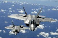 F-22 Raptor - najdro�szy i najnowocze�niejszy my�liwiec. Cztery wyl�duj� pod Poznaniem