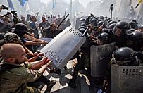 Zamieszki przed parlamentem Ukrainy