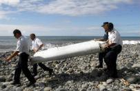 Zbadaj� szcz�tki samolotu mog�ce nale�e� do zaginionego samolotu Malezyjskich Linii Lotniczych MH370