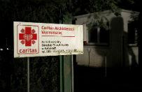 Ks. Subocz: Caritas ma obecnie 500 miejsc na przyj�cie uchod�c�w