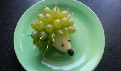 Zrób to sam: jeżyk z winogron i gruszki