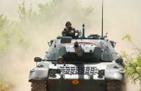 Turcja nie wyklucza operacji l�dowej w Syrii wsp�lnie z Arabi� Saudyjsk�