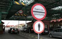 Jak wygl�da droga uchod�c�w do Polski?