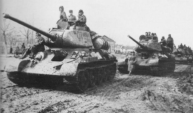 Czołgi T-34 w 1944 roku