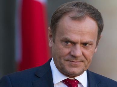 Lepszy Tusk w Brukseli ni� s�dzony w Warszawie? Publicysta: g�r� mog� wzi�� emocje