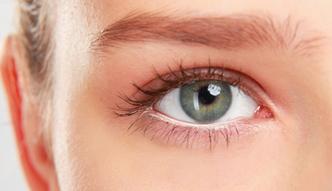 #dziejesienazywo: Jak dbać o oczy po zabiegu laserowej korekcji wzroku?