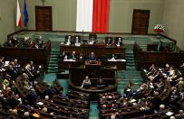 Sonda�: PiS stabilnie, Nowoczesna now� PO