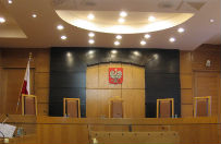 Trybuna� odwo�a� rozpraw� ws. uprawnie� komisarzy wyborczych. Najpierw zajmie si� ustaw� o TK