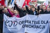 Jacek �akowski: KOD, czyli to dopiero pocz�tek