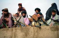 Talibowie uwolnili za�og� rz�dowego �mig�owca z Pakistanu