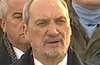 Macierewicz: nie ma niepodleg�o�ci za dwa grosze i dwie krople krwi