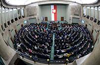 Sejm uchwali� zg�oszon� przez PiS nowelizacj� ustawy o s�u�bie cywilnej