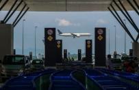 Awaryjne l�dowanie Boeinga 777 w Kanadzie