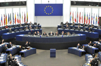 Przedstawiciel KE do unijnej komisarz: w Polsce dochodzi do ustawicznego łamania prawa