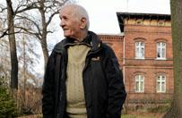 Po 11 latach w szpitalu psychiatrycznym chce 12 mln z� odszkodowania