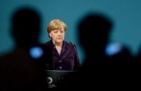 Ponad po�owa Niemc�w niezadowolona z polityki uchod�czej Merkel
