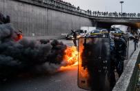 Strajki we Francji, protestuj� taks�wkarze i pracownicy s�u�by publicznej. W Pary�u dosz�o do star� z policj�