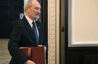 Antoni Macierewicz powo�a komisj�, kt�ra wznowi badanie katastrofy smole�skiej. W czwartek poznamy pe�ny sk�ad, wiadomo ju�, kto b�dzie przewodnicz�cym