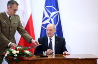 Macierewicz i genera�owie z PRL