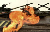 Rosja z sojusznikami rozpoczyna manewry w pobli�u granic NATO