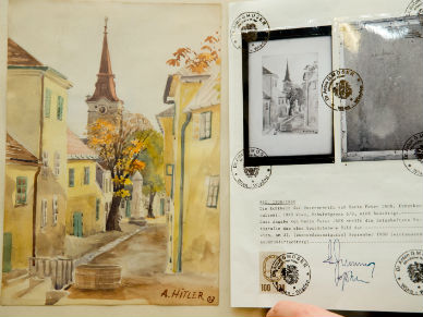W Niemczech sprzedano akwarele Adolfa Hitlera za ok. 40 tys. euro