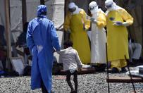 Pok�osie epidemii eboli w Afryce Zachodniej: gwa�ty, prostytucja i ci��e nastolatek