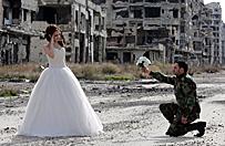 Niezwyk�a sesja zdj�ciowa w Homs