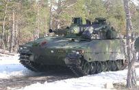 Strach przed Rosj� nap�dza zbrojenia Szwecji. Porzuci neutralno�� dla NATO?