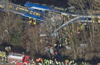 Tragiczny wypadek kolejowy w Bawarii. Zderzy�y si� dwa poci�gi, zgin�o co najmniej 9 os�b