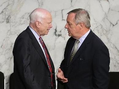Zaniepokojeni senatorowie USA pisz� list do Beaty Szyd�o. Premier odpowiada
