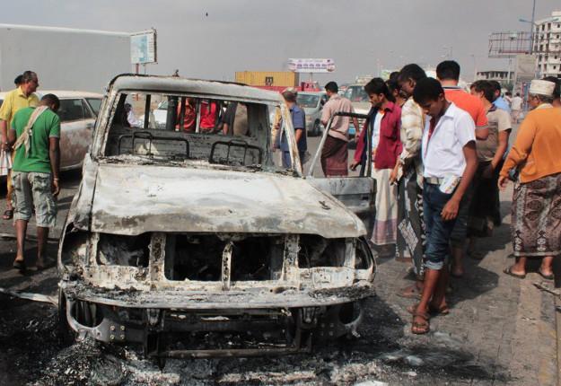 Zniszczenia po starciach Al-Kaidy i si� rz�dowych popieranych przez koalicj� pod wodz� Saudyjczyk�w; Aden, 9 luty 2016 r.