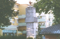 Policja odnalaz�a tablic� z pomnika wdzi�czno�ci Armii Czerwonej w S�awnie