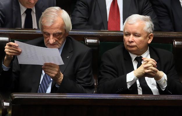 Prezes Prawa i Sprawiedliwości Jarosław Kaczyński oraz wicemarszałek, poseł PiS, Ryszard Terlecki