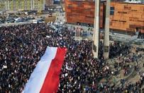Manifestacja KOD w Gda�sku. Danuta Wa��sa: m�j m�� nikogo nie skrzywdzi� i nie bra� �adnych pieni�dzy