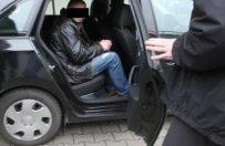 Zatrzymano gangstera, kt�ry pr�bowa� zleci� zab�jstwo policjanta z Pi�y
