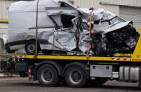 Francja: czo�owe zderzenie ci�ar�wki i busa - zgin�o 12 os�b